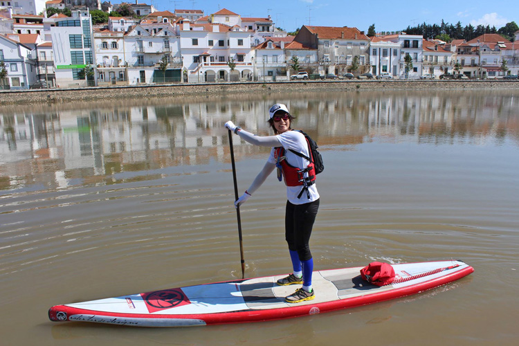 Isa Sebastião paddles 170 kilometers in a Portuguese river